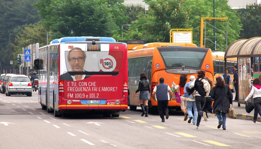 Pubblicità sugli autobus di Pisa
